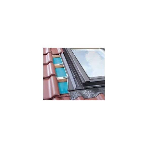 Fakro EZV-A burkolókeret hullámos tetőfedő anyagokhoz